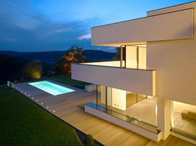 Белый эко-дом в стиле кубизма 1