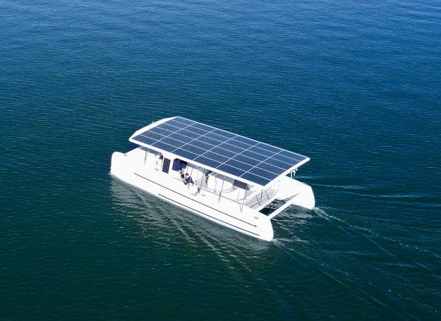 Картинки по запросу Катамаран на солнечных батареях