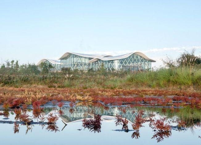Биоклиматический бассейн во Франции 1